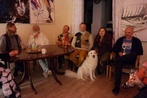 Miravillage being together for enjoying talking about 'Mirapuri and the young - Mirapuri und die Jugend'; Image 7