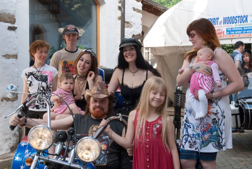 Michel Montecrossa - Absolutely Family