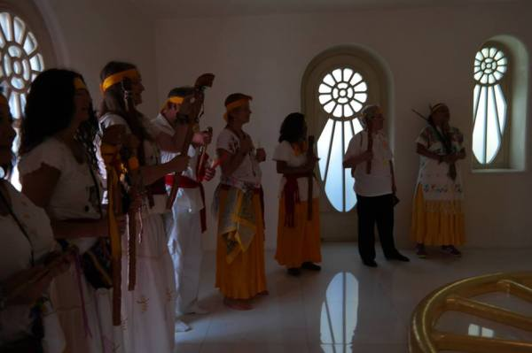 visit of Venerable Abuela Nah Kin, the spiritual leader of the Solar Mayan Tradition and friends performing the Maya Eagle Energy Ceremony at the Miravinci, 3