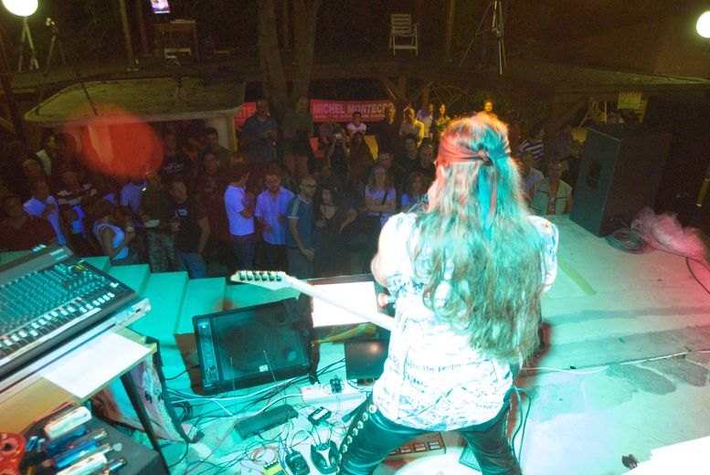 Michel Montecrossa playing Harmonica + Audience SOW Festival